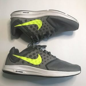 Almost new Women's Nike Running shoes size 8